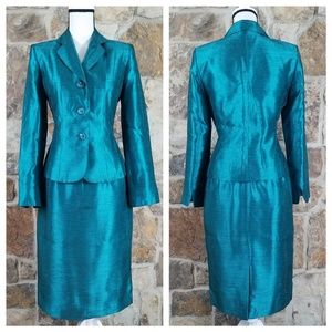 NWT Collections for Le Suit 6 Metallic Skirt Suit